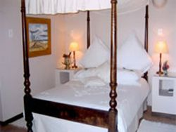 Kingfisher Cottage Room Thumbnail Pic 1