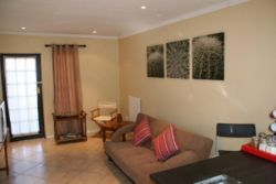 Clivia Cottage Room Thumbnail Pic 1