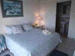 Ben Hogan - Double room - En-suite Room Thumbnail Pic 1