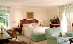 Luxury Rooms Room Thumbnail Pic 1