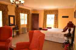 Berg Cottage Self-Catering Room Thumbnail Pic 1