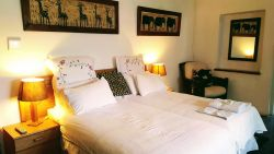 Room 4 (Guesthouse) Room Thumbnail Pic 1