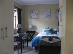 The South Easter Suite Room Thumbnail Pic 1