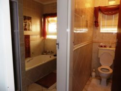 Room not on suite Room Thumbnail Pic 1