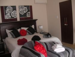 Double Room(Honeymoon) - Suite 4 Room Thumbnail Pic 1