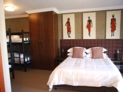 Big Africa - Family Room sleeps 6 Room Thumbnail Pic 1