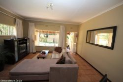 Self Catering Apartment 1 Room Thumbnail Pic 1