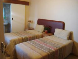 Double Room X4 Room Thumbnail Pic 1