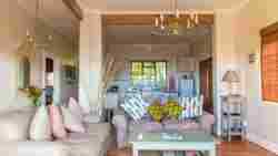 Debbie's Cottage Room Thumbnail Pic 1