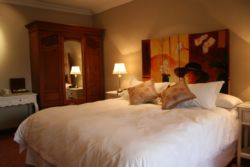 Family Suites  Room Thumbnail Pic 1