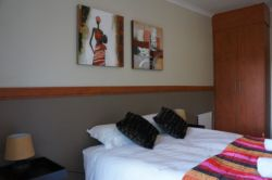 Double bed, room 13 Room Thumbnail Pic 1
