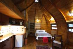 Cottage  Room Thumbnail Pic 1