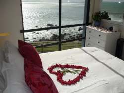 Beachside Cottage Room Thumbnail Pic 1