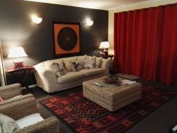 Luxury Self Catering Flat Room Thumbnail Pic 1