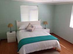 Whalecoast Cottage C Room Thumbnail Pic 1
