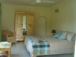 1 Bedroom Cottage/Chalet Room Thumbnail Pic 1