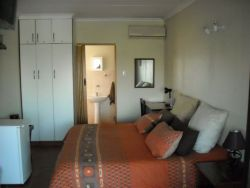 Suites Room Thumbnail Pic 1