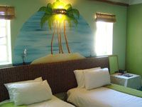 Room 4 - Palm Room Thumbnail Pic 1