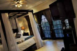 Honeymoon & Executive Suite Room Thumbnail Pic 1