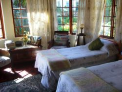 Twin Bedded B&B Room Thumbnail Pic 1