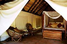 Luxury en-suite Tents under Thatched Rooves. Room Thumbnail Pic 1