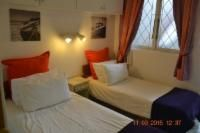 8 Ground Floor Sea Front Room Thumbnail Pic 1