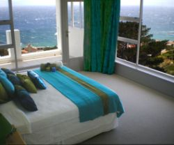 Honeymoon Suite with Sea View Room Thumbnail Pic 1