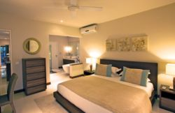 Beachfront Apartment with 3 bedrooms  Room Thumbnail Pic 1