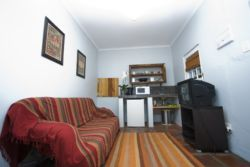 Carma Cottage Room Thumbnail Pic 1
