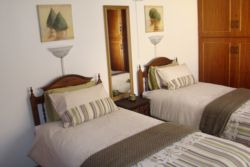 Room 4 - Self catering Room Thumbnail Pic 1