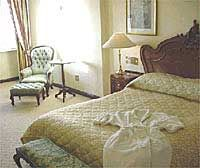 Harvey Suite Room Thumbnail Pic 1