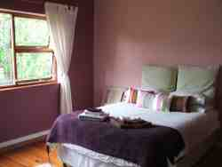 Double Room in Guest House - B&B Room Thumbnail Pic 1