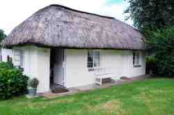 Thatched Family Cottage Room Thumbnail Pic 1