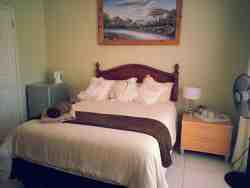 Room no 18 - Non sea view room Room Thumbnail Pic 1