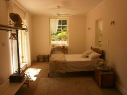 Kloofzicht Main House Room Thumbnail Pic 1
