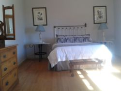 Adjoining Cottage Room Thumbnail Pic 1