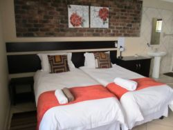 Self Catering Unit Room Thumbnail Pic 1