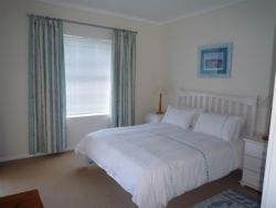 Two Bedroom Unit (Sleeps 4) Room Thumbnail Pic 1