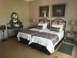 Double Ensuite Room No 3 Room Thumbnail Pic 1