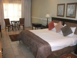 Luxury Suite (x4 sleeper) Room Thumbnail Pic 1