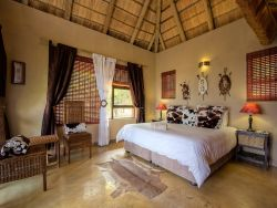 The Nguni Chalet -Bed and Breakfast Room Thumbnail Pic 1