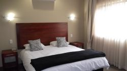 Room 3 Gold Reef City Room  Room Thumbnail Pic 1