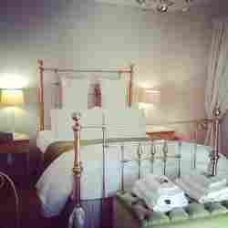 Ivy Cottage Room Thumbnail Pic 1