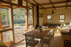Red Rock Cottage Room Thumbnail Pic 1