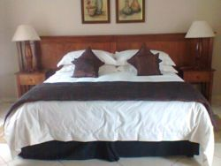 Self-Catering Units no 1  Room Thumbnail Pic 1