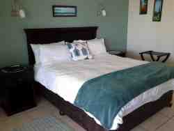 South Point, Queen Double Room Thumbnail Pic 1