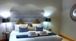 Fish Eagle Cottage (spacious double cottage) Room Thumbnail Pic 1