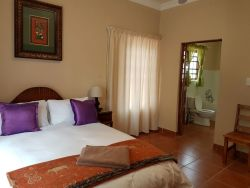 Zwavelpoort Guesthouse Room Thumbnail Pic 1