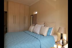 Self catering unit 1 Room Thumbnail Pic 1