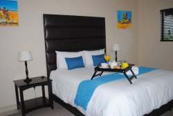 Deluxe Bedroom Room Thumbnail Pic 1